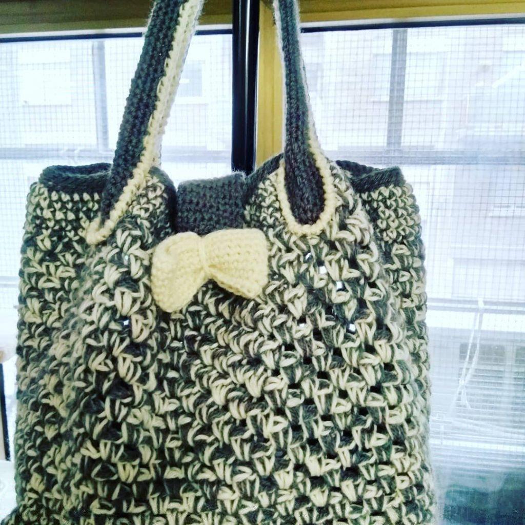 borsa di lana all'uncinetto
