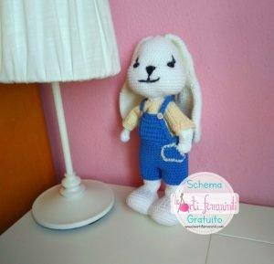 Coniglietto all'uncinetto schema gratuito amigurumi